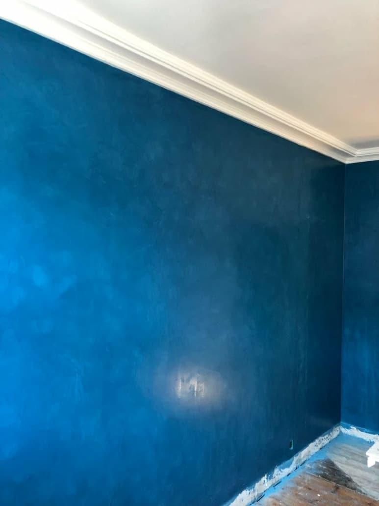 Blå væg
