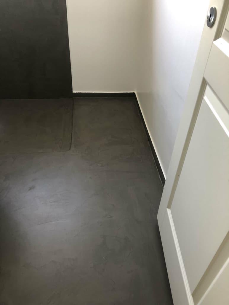 renovering af sort gulv